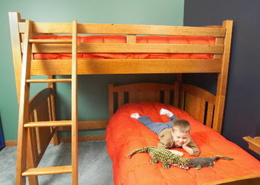 What's the right bed for a toddler? Take our poll | cleveland.