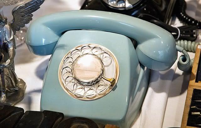 Barcelona photoblog barcelona vintage rotary dial telephone - Mobles vintage barcelona ...