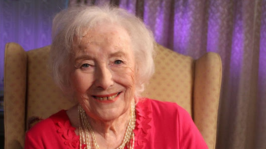 Dame Vera Lynn breaks own record with new album at 100 - BBC News