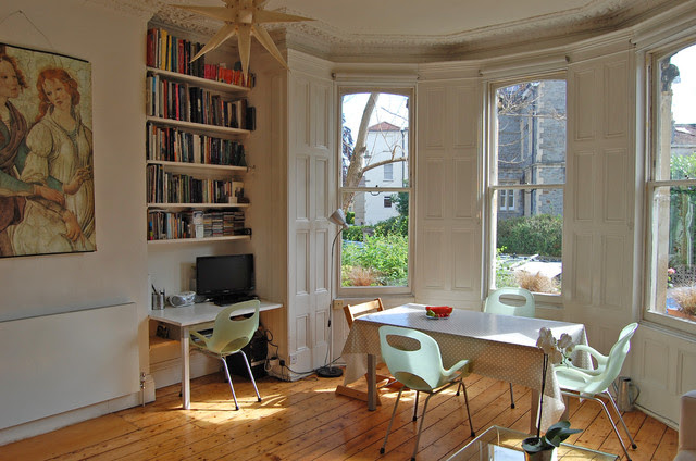 Living Room in Victorian House in Bristol