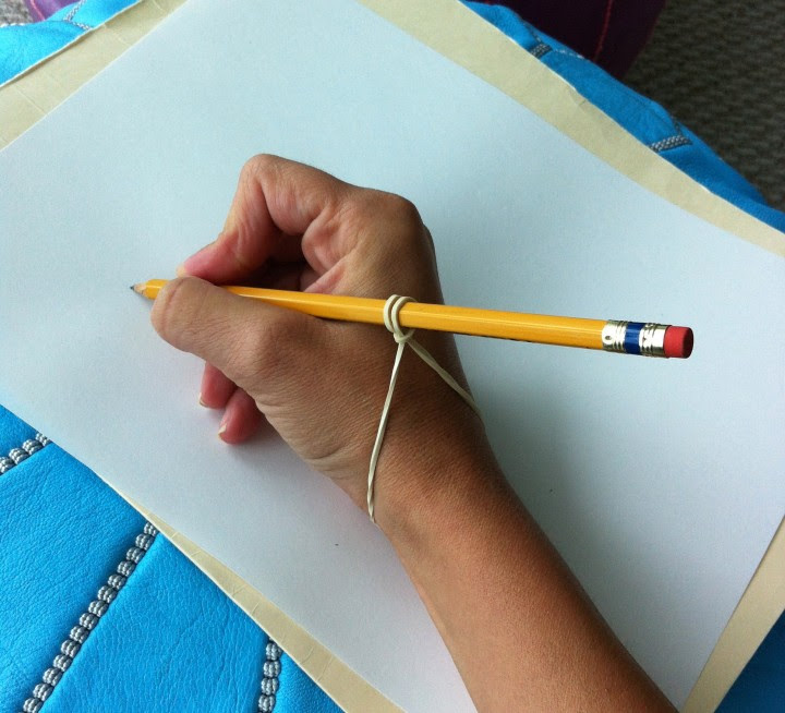 10 Effective Handwriting Tips For Your Students - Rubberband grip