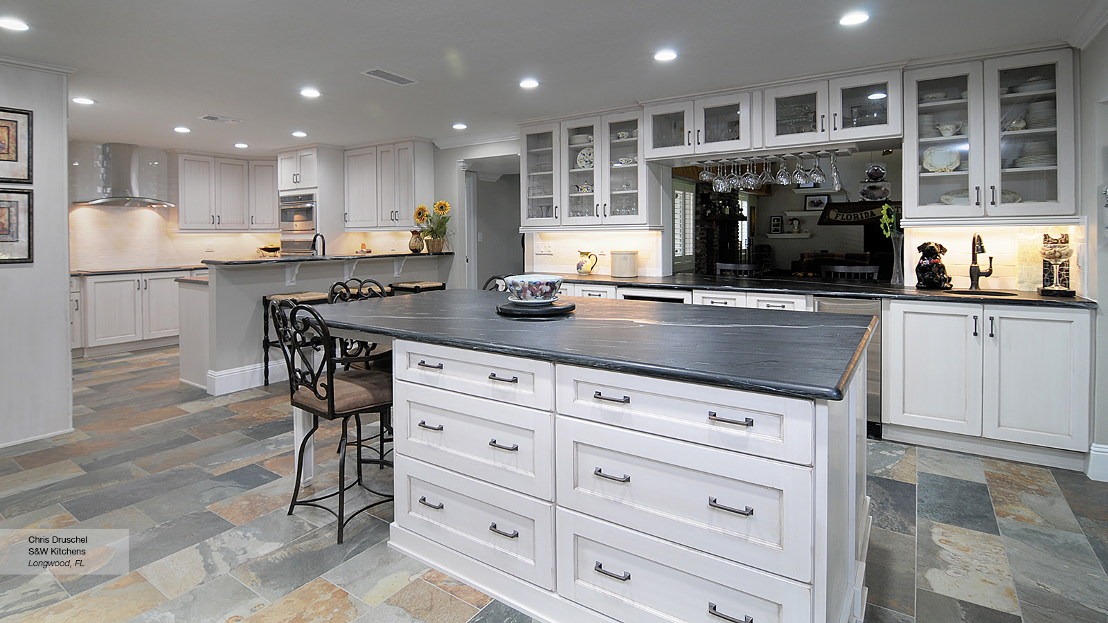 Pearl White Shaker Style Kitchen Cabinets - Omega