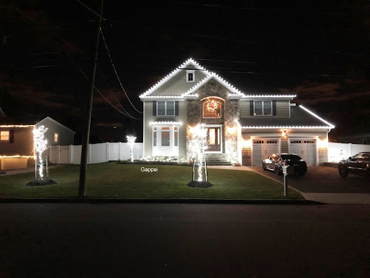 Holiday Lighting Installation in Smithtown, NY 11787