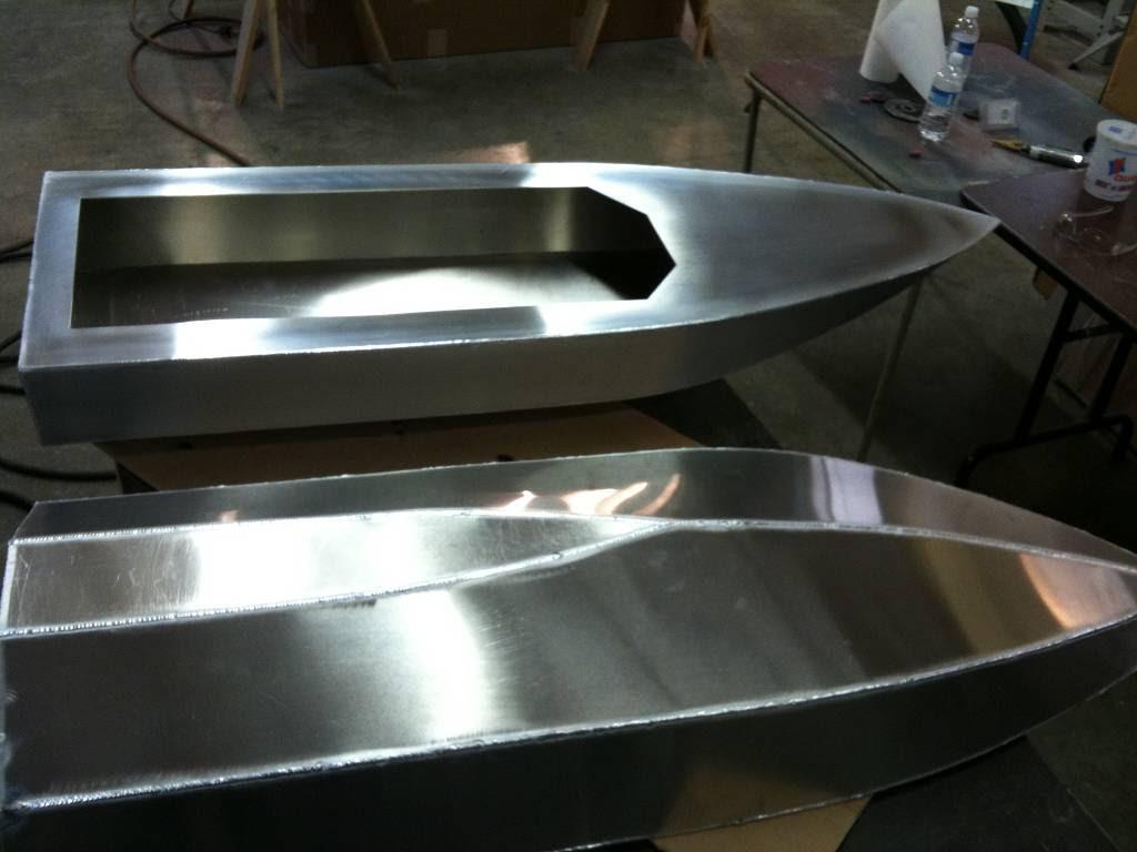 One secret: Aluminum race boat plans