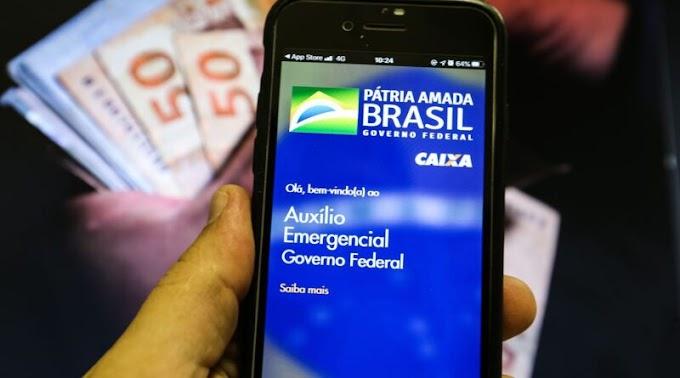 Auxílio emergencial volta a ser pago em março, em até 4 parcelas, anuncia Presidente Bolsonaro