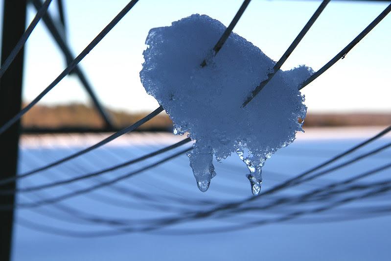 clothesline icicle