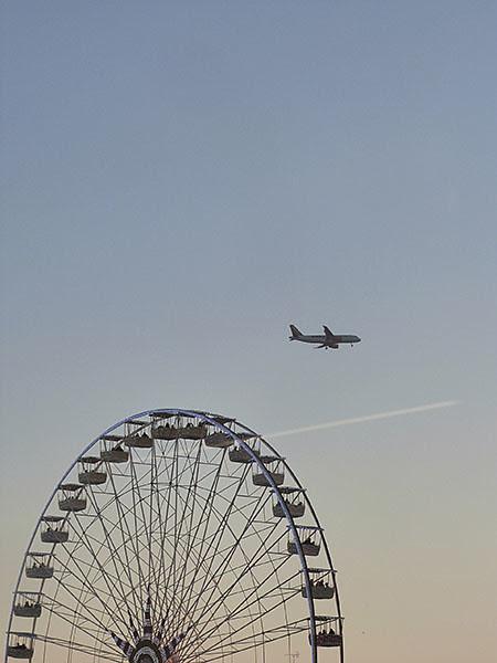 avion et roue