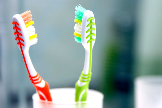 How to Brush Your Teeth: 8 Toothbrushing Mistakes | Reader's Digest