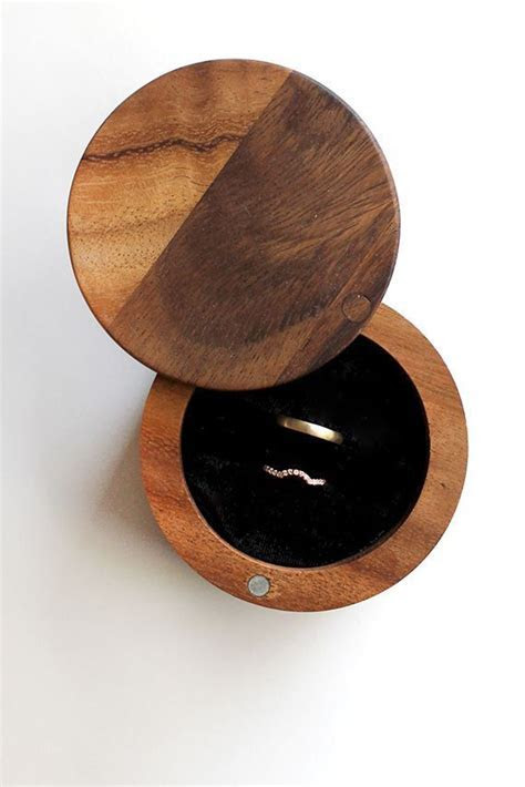 25  best ideas about Wooden jewelry boxes on Pinterest