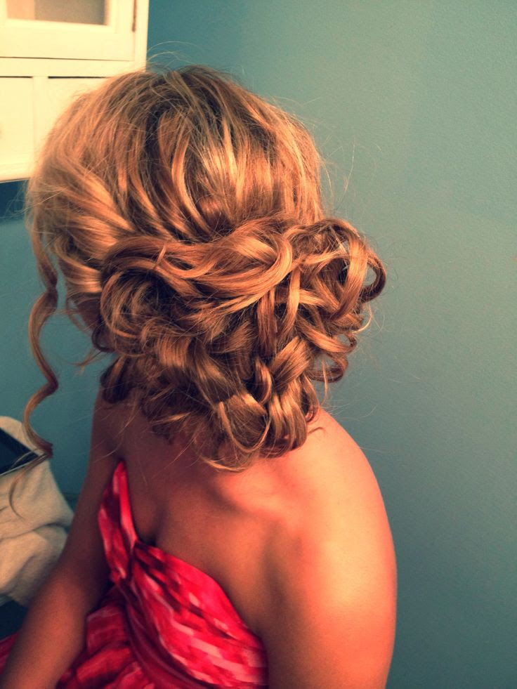 Curly Hairstyles For Prom Party - Fave HairStyles