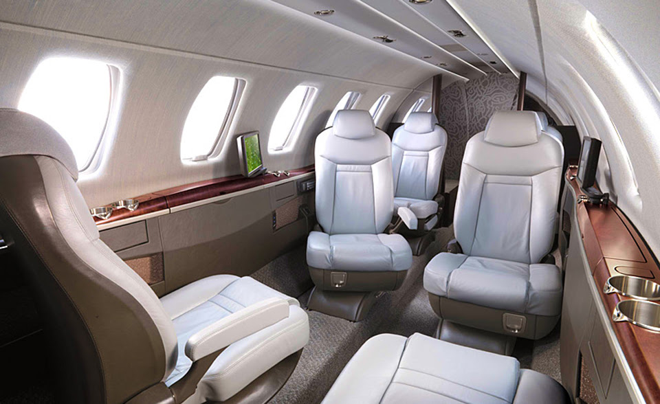 O interior do Cessna Citation CJ4, novo jatinho de Neymar Jr
