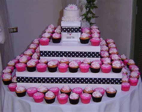 Cupcakin It Up! ~ Cupcake Reviews, Cupcake Designs, and