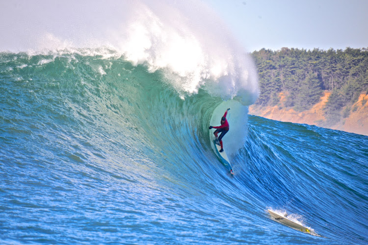 Steep drops: you must get your weight back on the board otherwise you'll wipe out   Photo: Shutterstock