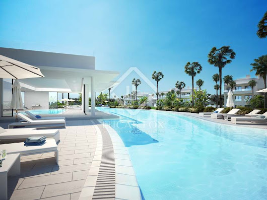New build 2-bedroom apartment with 59m² terrace to buy, East Marbella