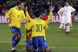 Brasil bate o Chile e vai às quartas contra a Holanda na sexta, às 11h (Reuters)