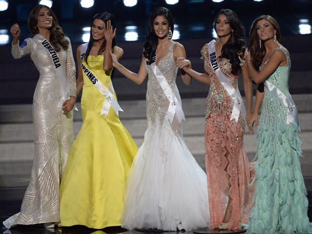 As cinco finalistas do Miss Universo 2013 (Foto: Alexander Nemenov/AFP)