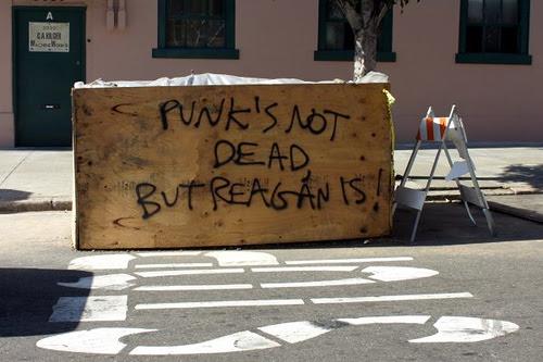 punks not dead.jpg