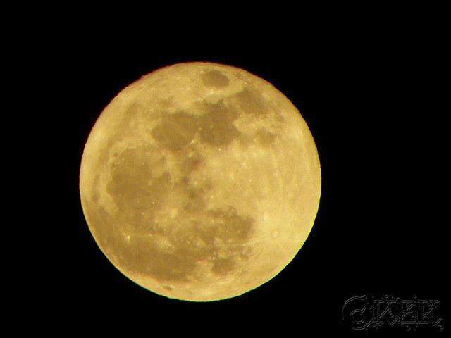 DSCN3323 6 APR 12 full moon