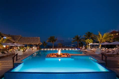 Sandals LaSource Grenada Wedding   Modern Destination Weddings