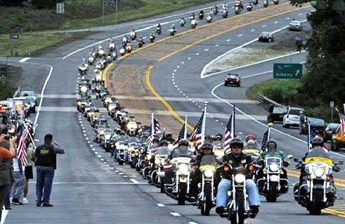http://www.bizpacreview.com/wp-content/uploads/2017/01/bikers-for-trump-inauguration-wall-of-meat.jpg