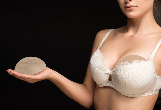 Silicone vs saline breast implants | American Society of Plastic Surgeons