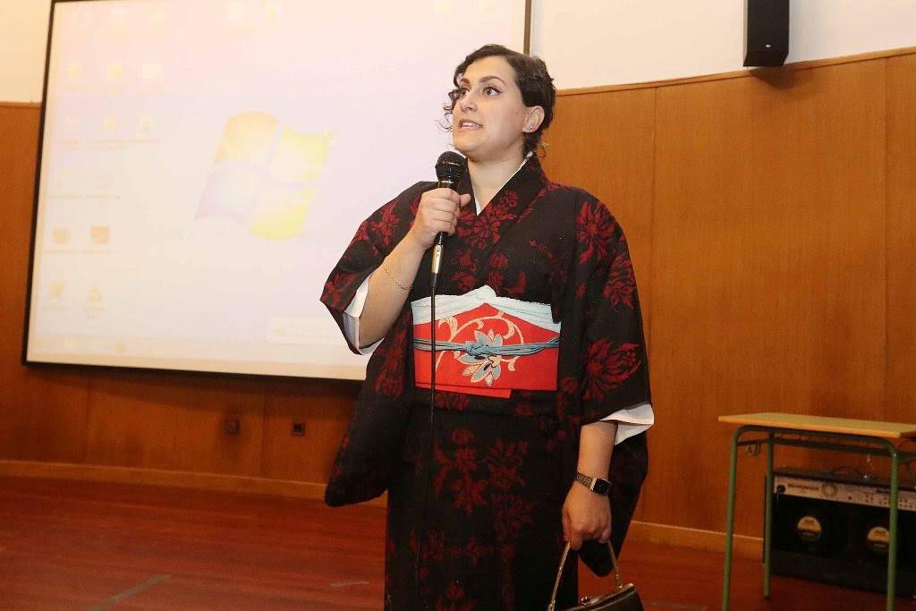 El Aula Magna de la EOI acogió ayer actividades alrededor de la cultura japonesa.