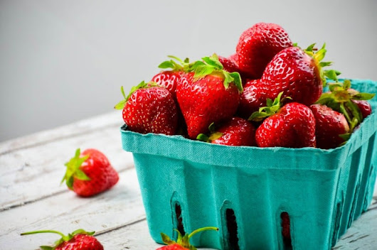 3 Super Easy Ways to Freeze Fresh Strawberries