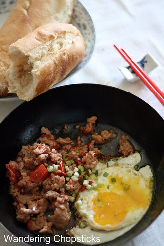 Thit Heo Bam Xao Ca Chua Banh Mi Op La (Vietnamese Ground Pork Tomato Stir-Fry with Sunny Side Up Eggs and Vietnamese French Bread) 2