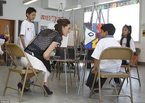 Royal snail  Kate races ahead with her painting at Inner-City Arts  campus whilst William is slow off the mark  10