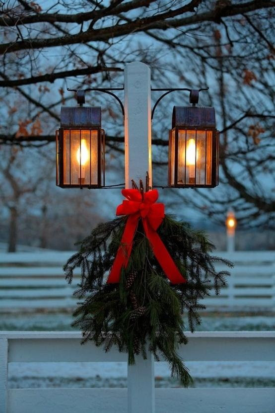 Christmas Lamp Post | Between You and Me and the Lamp Post | Pinterest