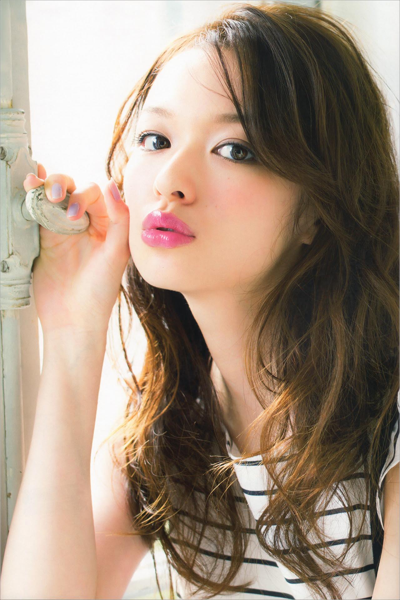 ファッションモデル森絵梨佳の美人でかわいい高画質な画像 壁紙