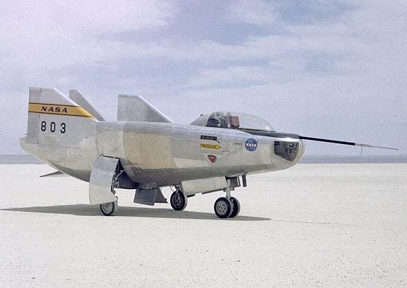 Nov25-1970-M2-F3_first_flight crop