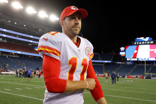 Alex Smith already looking at other NFL teams for 2018 - Movie TV Tech Geeks News