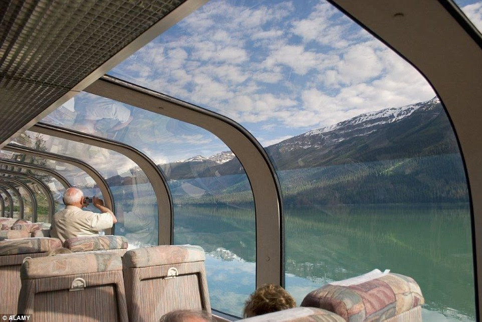 354D7FFA00000578-3642569-Holidaymakers_on_Canada_s_Rocky_Mountaineer_can_enjoy_gazing_ope-a-12_1465986207848