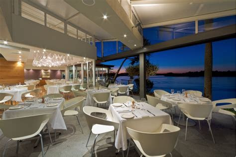 5 of the Best Waterfront Reception Venues on the Sunshine