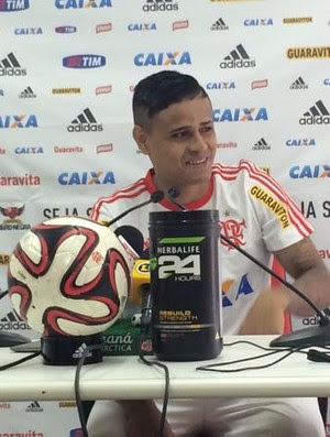Everton entrevista coletiva Flamengo (Foto: Ivan Raupp)