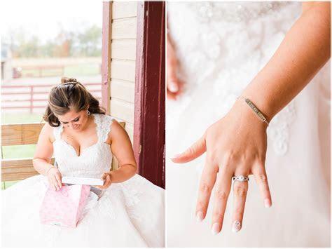 Peacock Ridge Fall Wedding   Photographer Akron Ohio