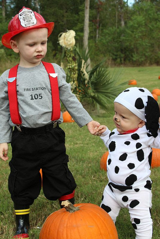25 Cute Halloween Costumes For Siblings To Try In 2016 Flawssy