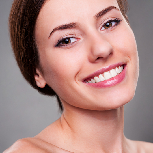 Porcelain Veneers for a Flawless Smile