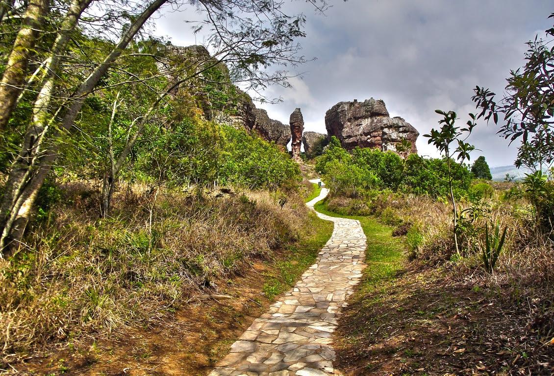 Escarpa Devoniana, lugares de muitos saberes. Acima, imagem de Vila Velha, Ponta Grossa. Foto: Gustavo L. Simianer Procat/Flickr.