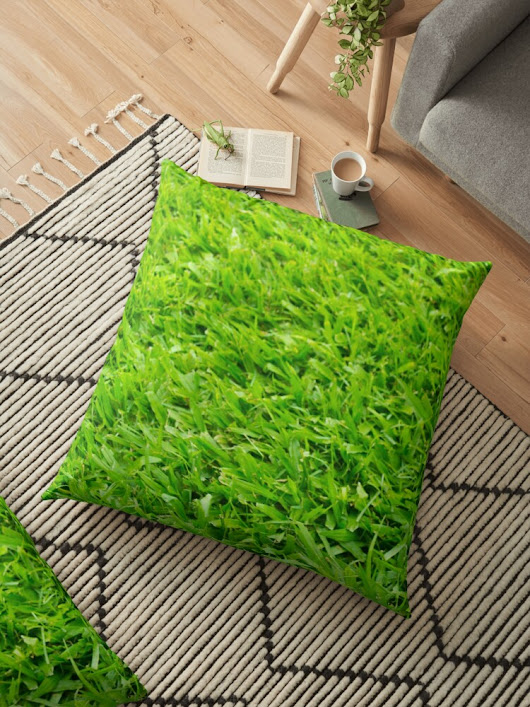 'A million leaves of grass. Green is Everything' Floor Pillow by MendesMay
