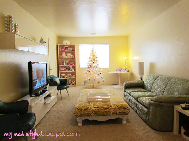 Base House Living Room7