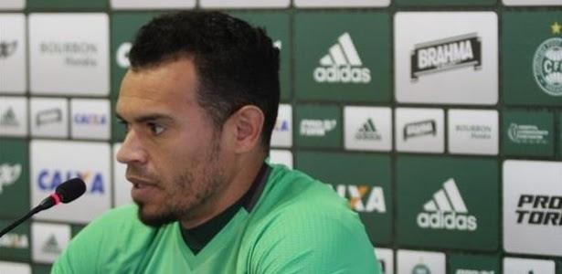Ceará já tem acerto salarial com Inter e aguarda acordo junto ao Coritiba