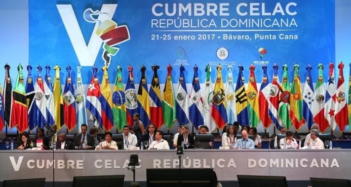 Jefes de Estado y de Gobierno inician sesión plenaria de V Cumbre de la Celac