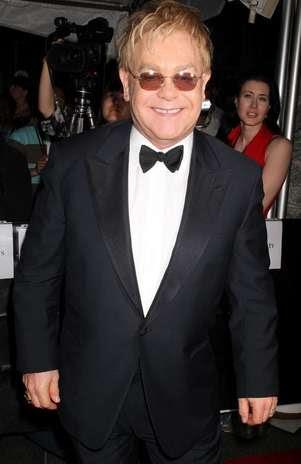 Elton John quer ovos cozidos, comida brasileira e flroes em camarim para show no País Foto: BangShowBiz / BangShowBiz