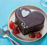 WFM Sweetheart Cake