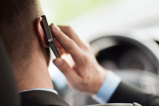 It's time to ban phone use while driving (and severely punish violators)