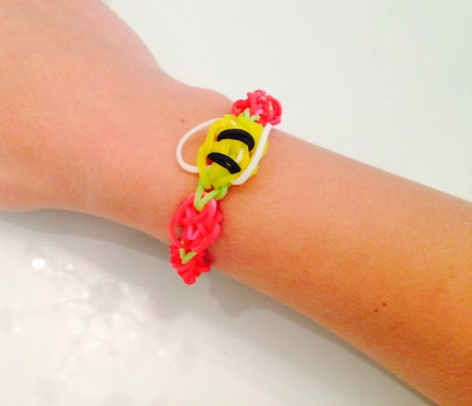 Honey Bee Summer Bracelet by AutumnsBelleBoutique on Etsy