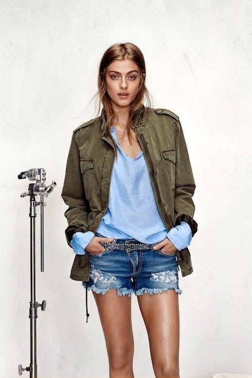 6 Le Fashion Blog 15 Ways To Wear A Green Army Jacket Blue Shirt Cut Off Jeans Shorts Honky Dory Lookbook photo 6-Le-Fashion-Blog-15-Ways-To-Wear-A-Green-Army-Jacket-Blue-Shirt-Cut-Off-Jeans-Shorts-Honky-Dory-Lookbook.jpg