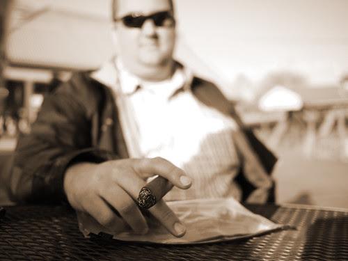 Cigar Tweet